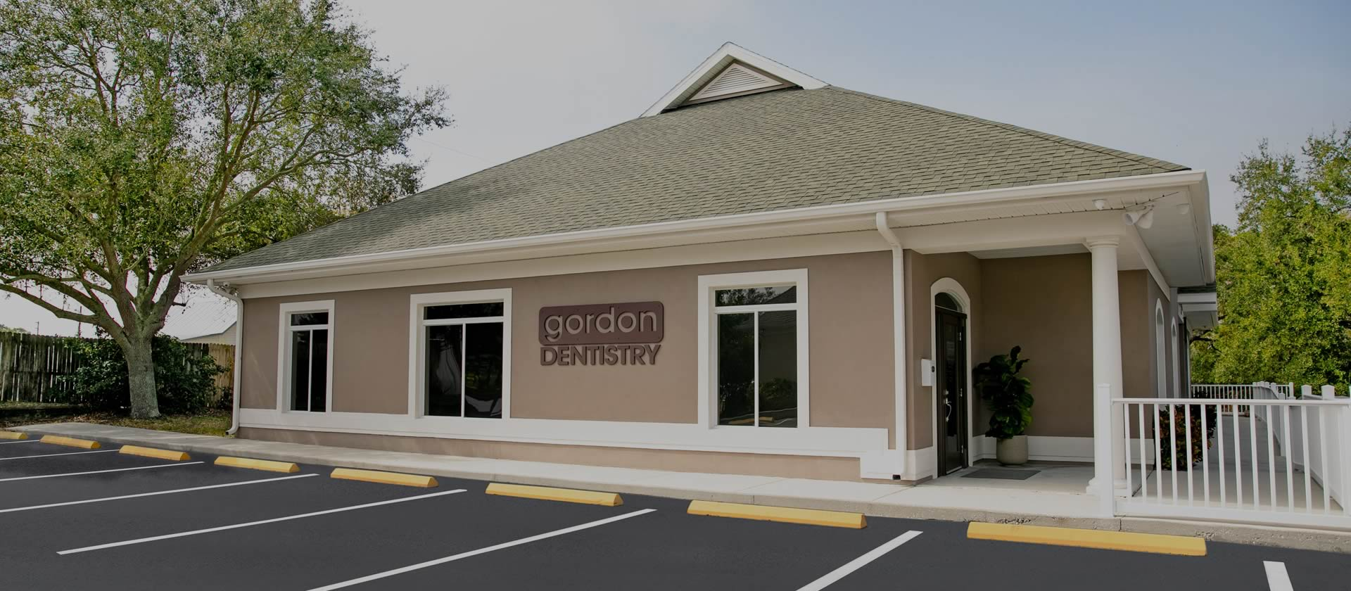 Gordon Dentistry Office - Welcome